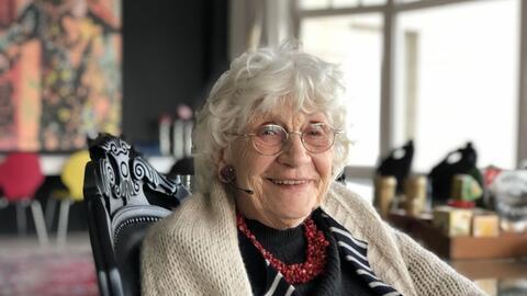 """Afbeelding voor fragment: Paula Sémer: """"Oud worden is één afscheid. Iedere dag valt er iemand weg"""""""