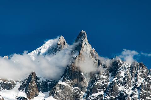 Afbeelding voor fragment: De Hochvogel in de Alpen staat op barsten