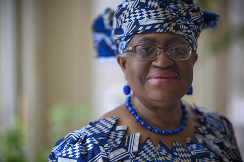 """Afbeelding voor fragment: Ngozi Okonjo-Iweala is nieuwe generaal van Wereldhandelsorganisatie: """"Ze zal WTO moeten redden"""""""