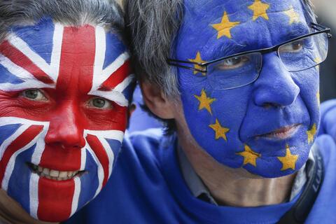 """Afbeelding voor fragment: Geert Bourgeois over stemming Brexit-akkoord:""""Opgelucht maar Britten hebben zich helemaal niet voorbereid"""""""
