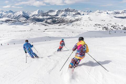"""Afbeelding voor fragment: Skioorden puffen onder coronamaatregelen: """"Geen enkel beroep in deze regio bleef gespaard"""""""