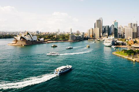 Afbeelding voor fragment: Hollywoodsterren reizen massaal naar Australië